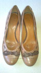 Женские кожаные туфли Geox р. 38