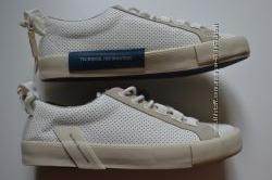 Стильні кросівки з перфорацією для хлопчиків від ZARA Іспанія