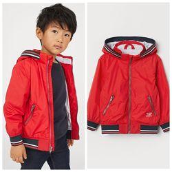 Стильна курточка вітрівка для хлопчика від H&M