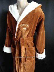 Мужские длинный махровые халаты с капюшоном