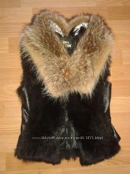 Жегская короткая жилетка натуральный мех