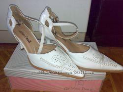 Туфли белые свадебные р. 37-38