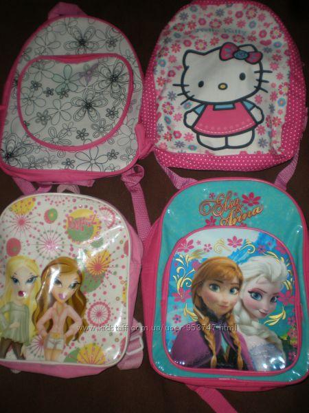 Рюкзаки різні для хлопчика і дівчинки