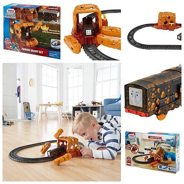 Моторизованная Fisher-Price Железная дорога Thomas Friends TrackMaster
