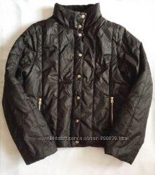 Cтильная теплая демисезонная черная куртка с карманами atmosphere
