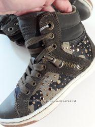 Ботинки geox защитного камуфляжного цвета, стелька 19-19, 5см