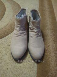 Фирменные демисезонные ботинки для девочки