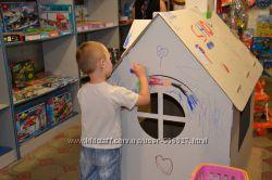 Детский домик из картона, картонный дом для игр и рисования.