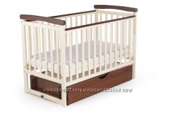 Кровать детскаяс опускной боковиной и ящиком