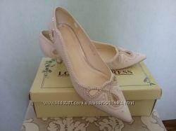 Свадебные туфли с острым носком на низкой шпильке 4см