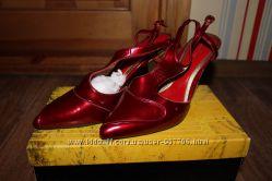 жіночі стильні елегантні туфлі Antonio Biaggi, 39 розмір