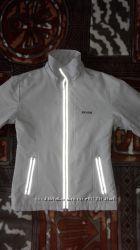 Курточка-ветровка размер М42-44