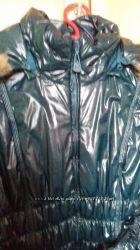 Курточка осенняя, темно- зеленого цвета