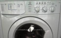 Стиральная машинка Indesit WI 81 на запчасти или под ремонт