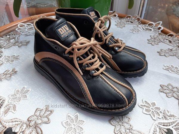 Стильные ботинки division