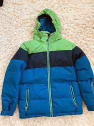 Зимний лыжный костюм
