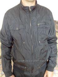 Куртка у відмінному стані. S-М.