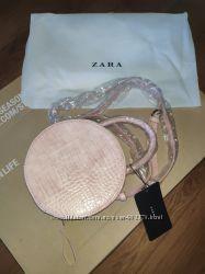 Сумка фирмы Zara