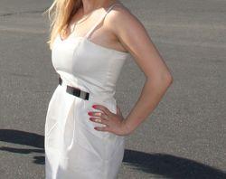 Белое, нежное платье oodji