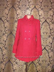 Брендовое пальто красное серое