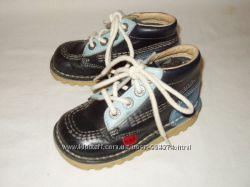 Демисезонные ботинки натуральная кожа  Kickers