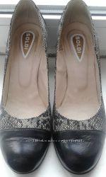 Шикарные туфли размер 39