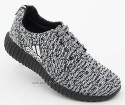 Мужские кроссовки Adidas Yeezy Boost 42, 43, 45 размер