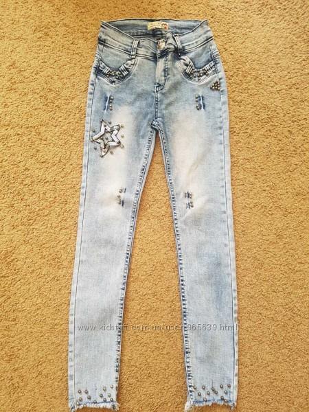 Продам джинсовые брюки для девочки