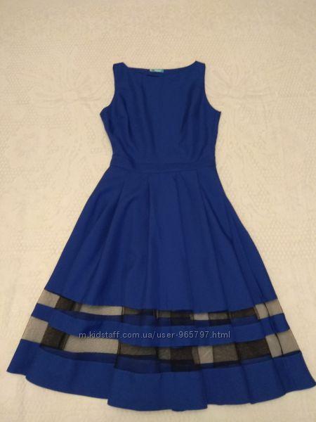 Нарядное платье для выпускного или другого мероприятия. Размер М42-44.
