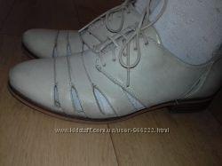 Туфли кожаные дышащие Clarks 24 см