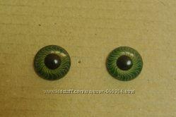 Глазки круглые реалистичные зеленые для кукол и игрушек диам. 10 и 12 мм.