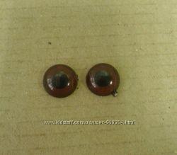 Глазки карие или коричневые, круглые в ассортименте для игрушек и кукол.