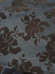 Ткань шторная, тафта темно графитного цвета с флоковыми цветами