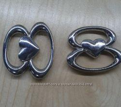 Пряжка металлическая декоративная с сердечком