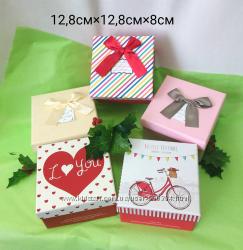 Коробки подарочные картонные декоративные в ассортименте 12, 8х12, 8х8 см