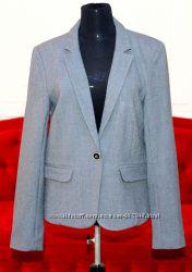 Новый пиджак PULL&BEAR покупался в Испании