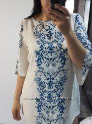 Оригинальная блуза с орнаментом от Wallis