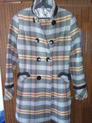 Продам красивое женское пальто