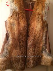 меховая жилетка из лисы.
