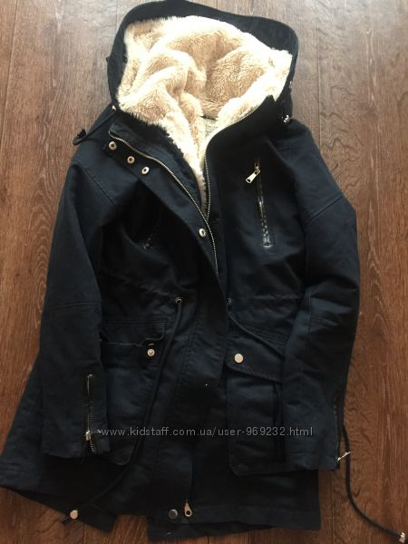 Bershka Куртки