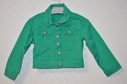 Укороченная джинсовая куртка на девочку 3-4 года
