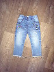Класнючие джинсы next с единорожкой и радугой