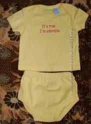 Комлект футболкашортики на 6-9 месяцев новый без бирки