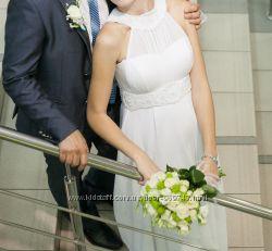 Прода весільну сукню
