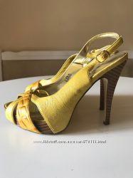 Открытые туфли-босоножки, кожа натуральная, отличное состояние