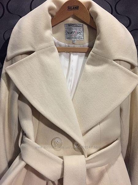 Очень красивое и очень теплое пальто 80 шерсть,