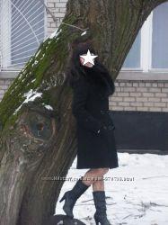 Шерстяное зимнее пальто.