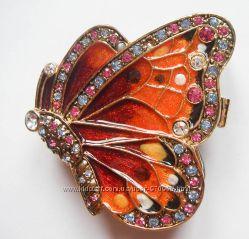 Шкатулка из цветной эмали в форме бабочки
