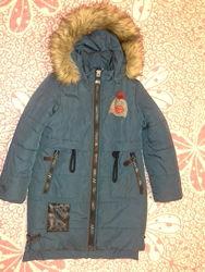 Тепле зимове пальто на дівчинку 9-10 років