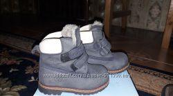Продам зимние ботиночки TOFINO 21р в идеальном состоянии